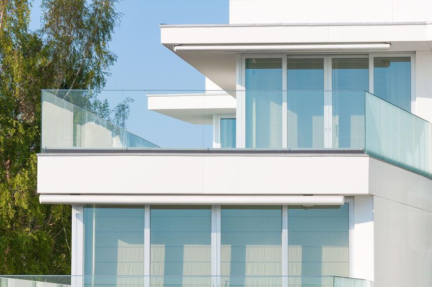 balustrade en verre pour la terrasse